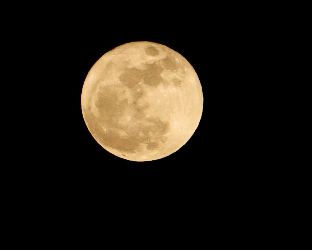 8286_Full_moon_031911
