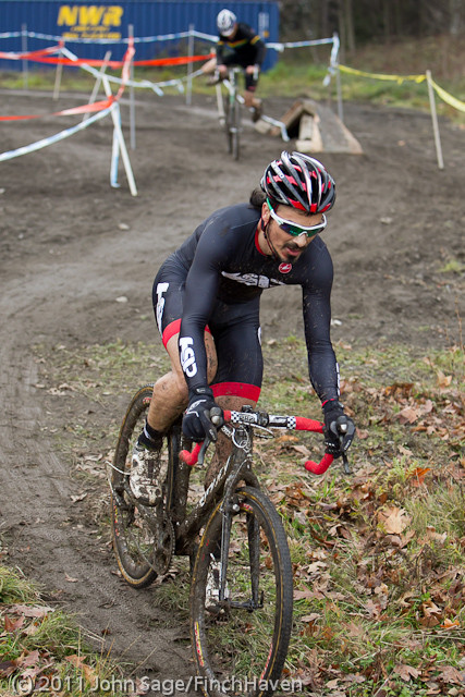 0214 Thriller Cross 2011 121711